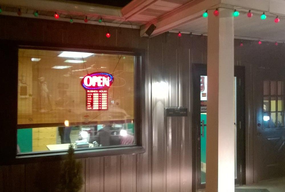 Lia's Pizza & Italian Restaurant: 633 Spring St Rt 53, Houtzdale, PA