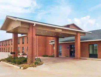 Days Inn by Wyndham Alva: 1332 East Oklahoma Blvd, Alva, OK