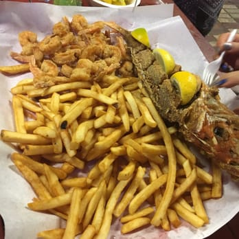 Pier eight seafood restaurant 48 photos 25 reviews for Kemah fish market