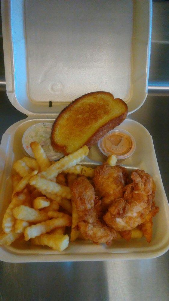 Guthrie's  Chicken: 600 Cypress Gardens Blvd, Winter Haven, FL