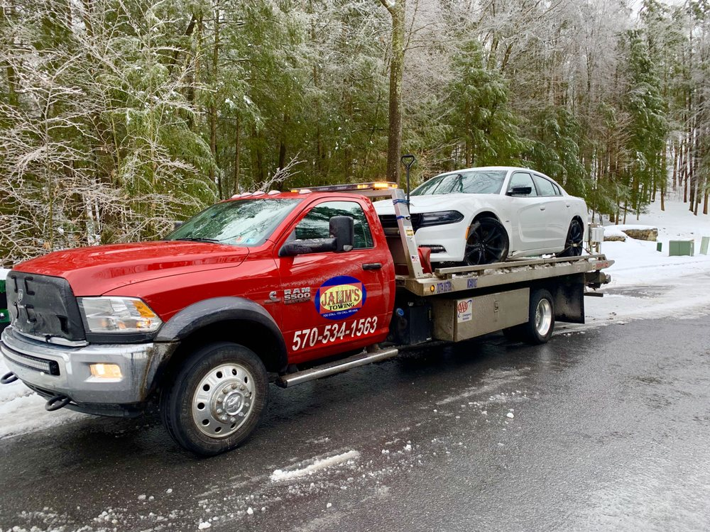 Towing business in Dingman, PA