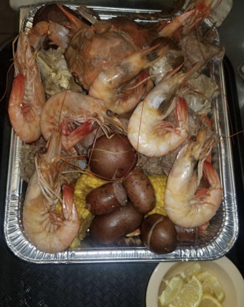 Sarah's Restaurant: 3321 Market St, Baytown, TX