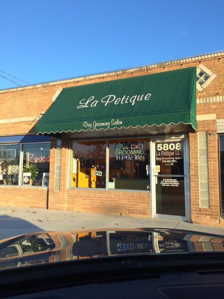 La Petique the Dog Grooming Salon: 5808 Johnson Dr, Mission, KS