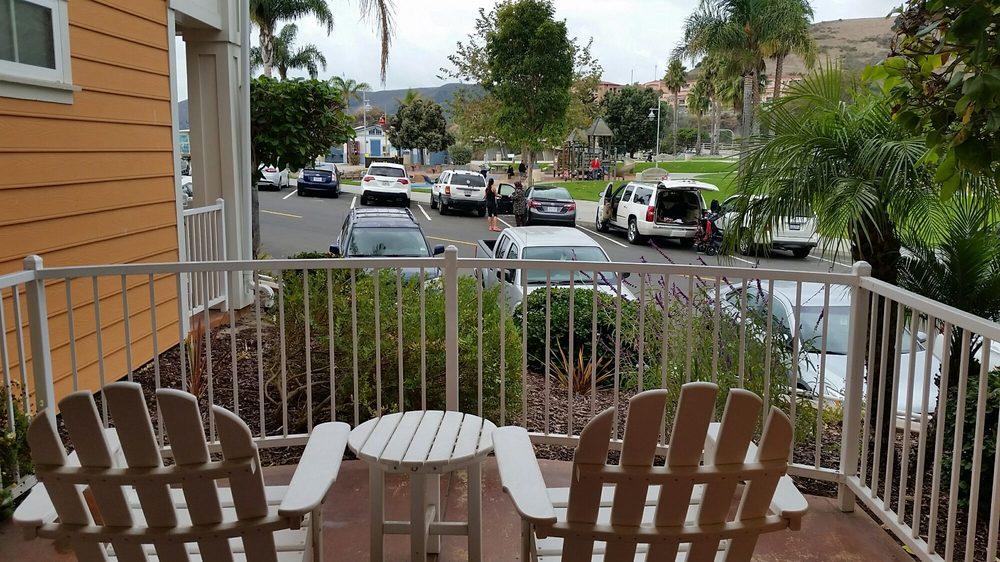 Avila Lighthouse Suites: 550 Front St, Avila Beach, CA