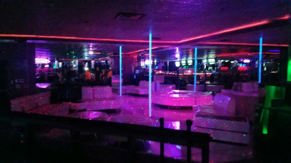Adult strip clubs parkersburg wv images 681