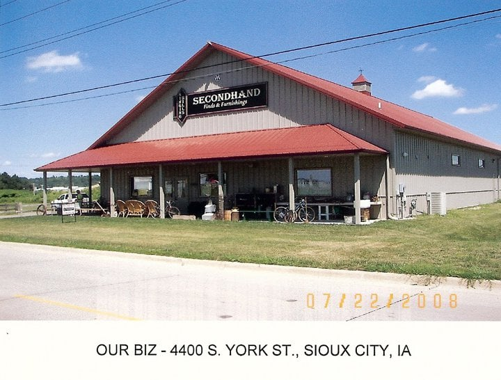 Secondhand Finds & Furnishings At Singing Hills: 4400 S York St, Sioux City, IA