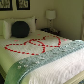 Q Hotel And Spa Kansas City Reviews