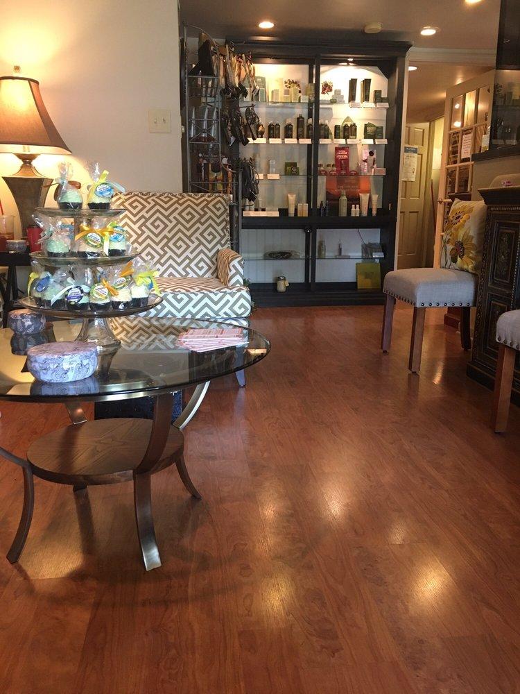 Corto's Salon & Spa of Orchard Park: 4065 N Buffalo St, Orchard Park, NY