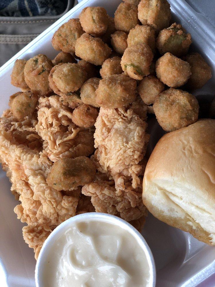 The Chicken Place: 504 Bridge St, Marlin, TX