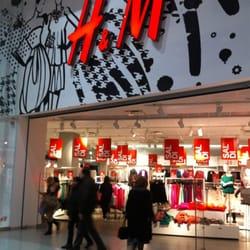 H&M - Herrenmode - Centro Sicilia, Misterbianco, Catania, Italien ...