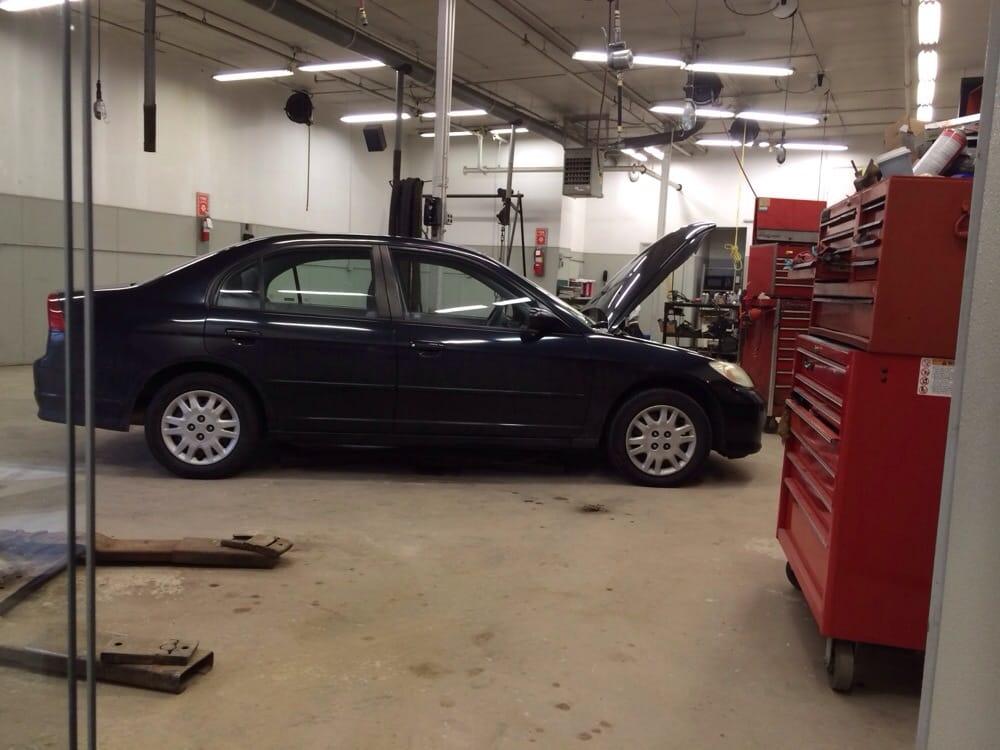 Arc garage 12 avis r paration auto 320 riverside dr for Garage des paluds avis
