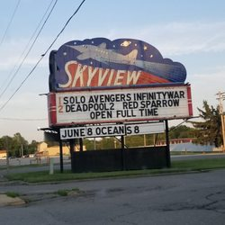 Starlight drive in belleville il