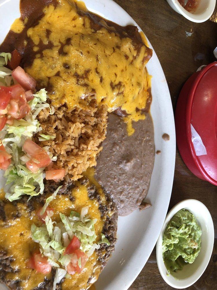 Los Alamos Mexican Restaurant: 1105 W Main St, Uvalde, TX