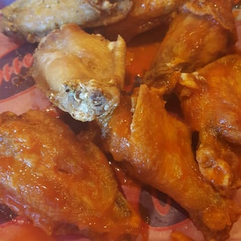 Otters Chicken 21 Photos 52 Reviews Chicken Wings 3625