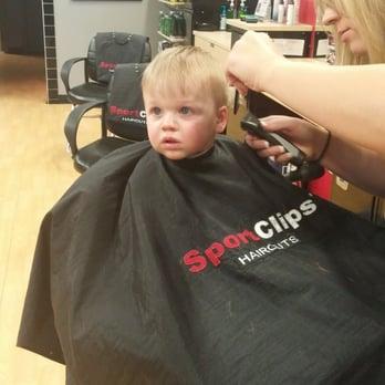 Sport Clips Haircuts Of Yuma Barbers 1630 S Pacific Ave Yuma