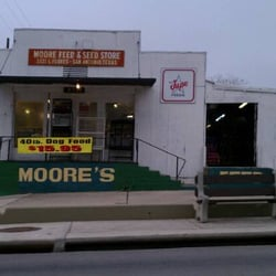Moores Feed & Seed Store logo
