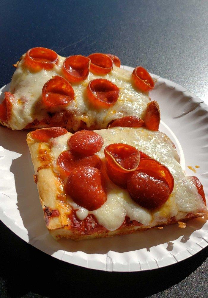 The Pizza Place - Morgantown: 3011 Northpointe Plz, Morgantown, WV