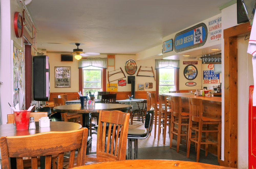 Appleseed Restaurant & Catering: 63 High St, Bradford, NH