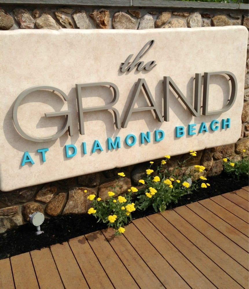 The Grand At Diamond Beach: 9601 Atlantic Ave, Wildwood Crest, NJ