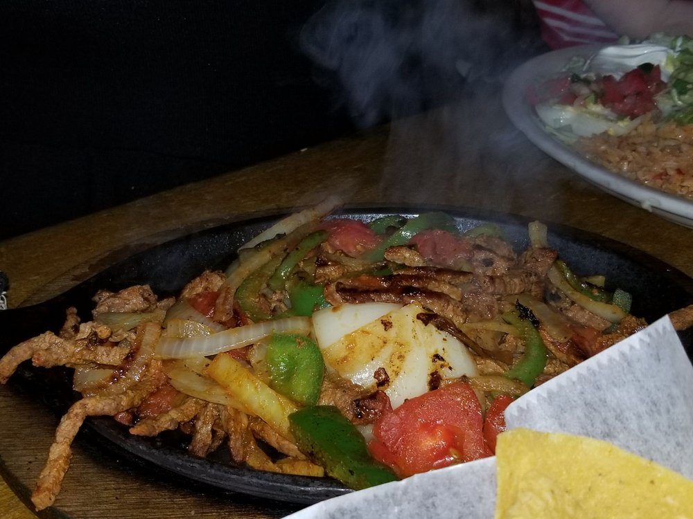 Los Agaves Mexican Restaurant: 4542 Emerson Ave, Parkersburg, WV