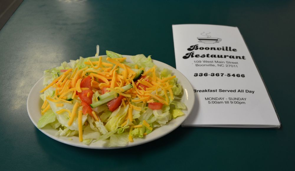 Boonville Restaurant: 109 W Main St, Boonville, NC