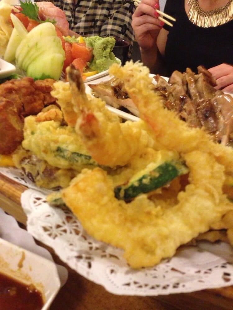 Mixed tempura on boat yelp for Akasaka japanese cuisine