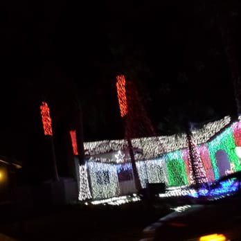 Photo of Simmons Christmas Lights Show - Cathedral City, CA, United States - Simmons Christmas Lights Show - CLOSED - Party Supplies - 68000