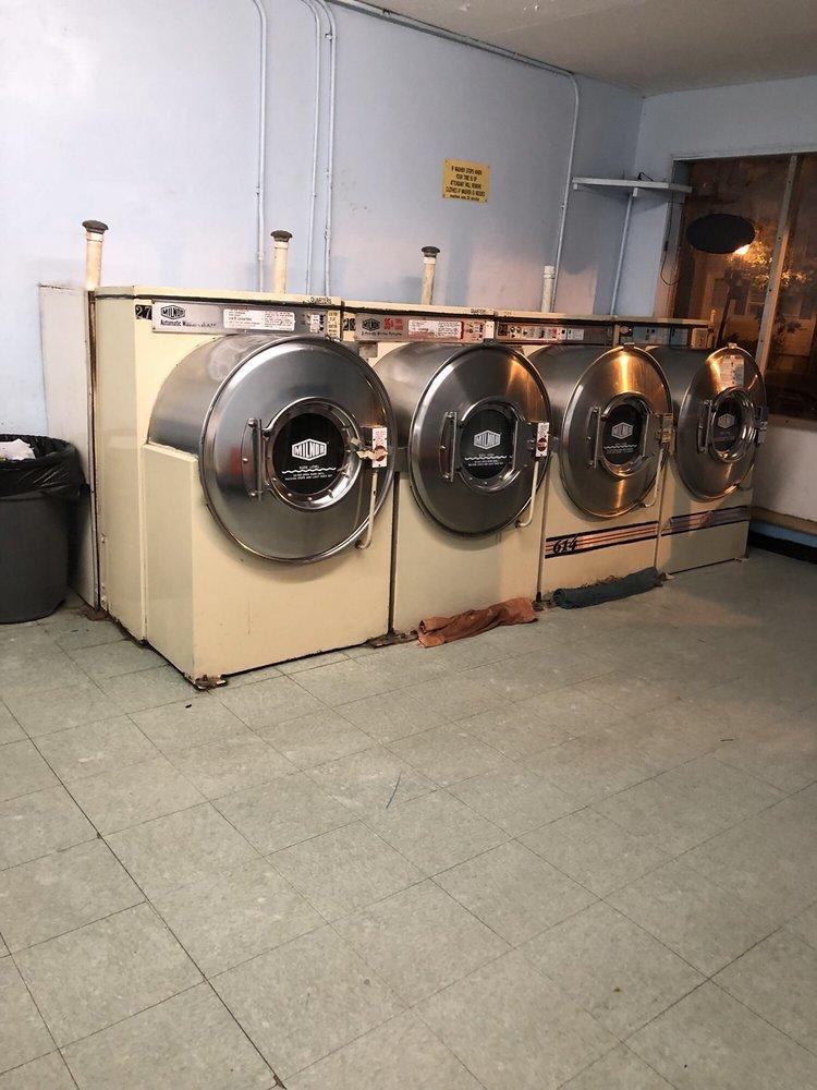 Boulevard Self-Service Laundry: 809 Brandywine Blvd, Bellefonte, DE