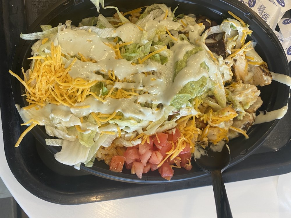 Taco Bell: 29080 US Hwy 119 N, South Williamson, KY