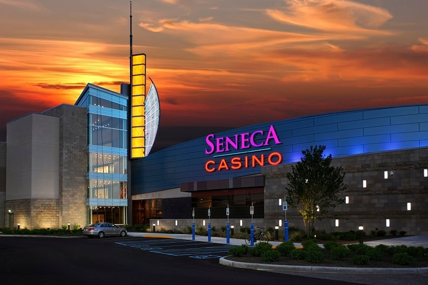 Seneca casino buffalo entertainment