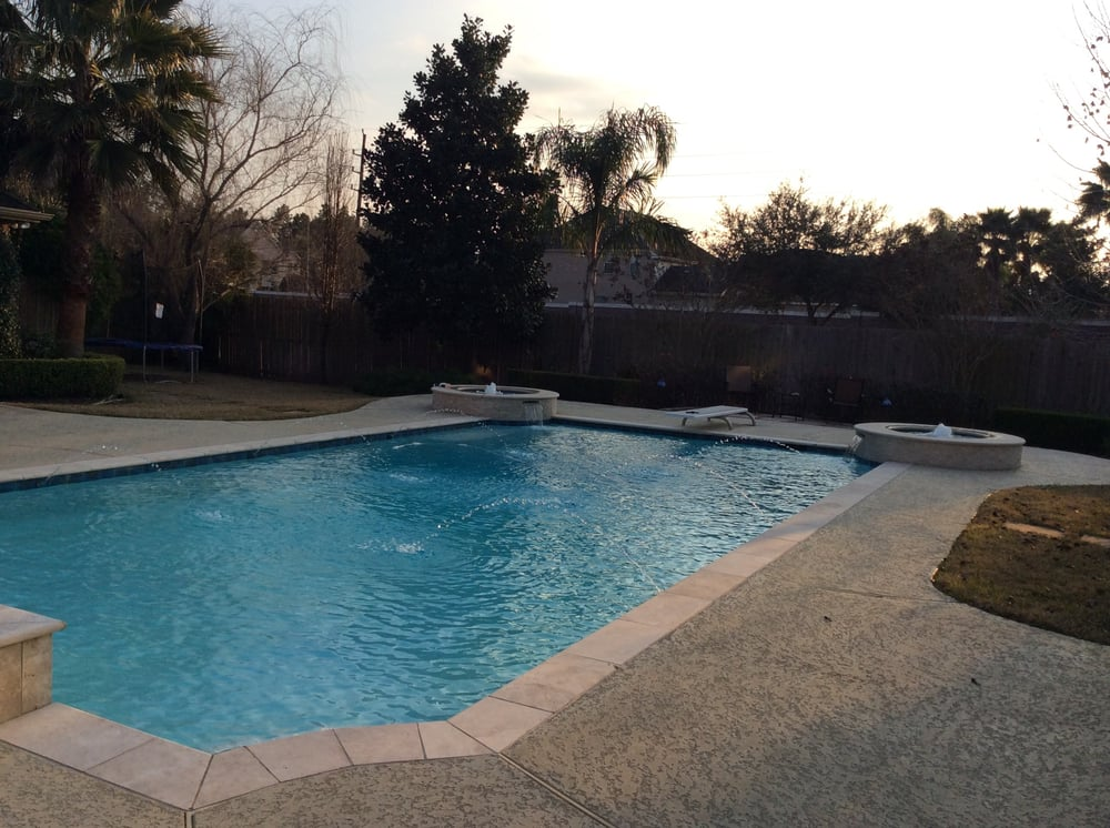 Davis affordable pool cleaning service 11 fotos 23 for Affordable pools houston texas
