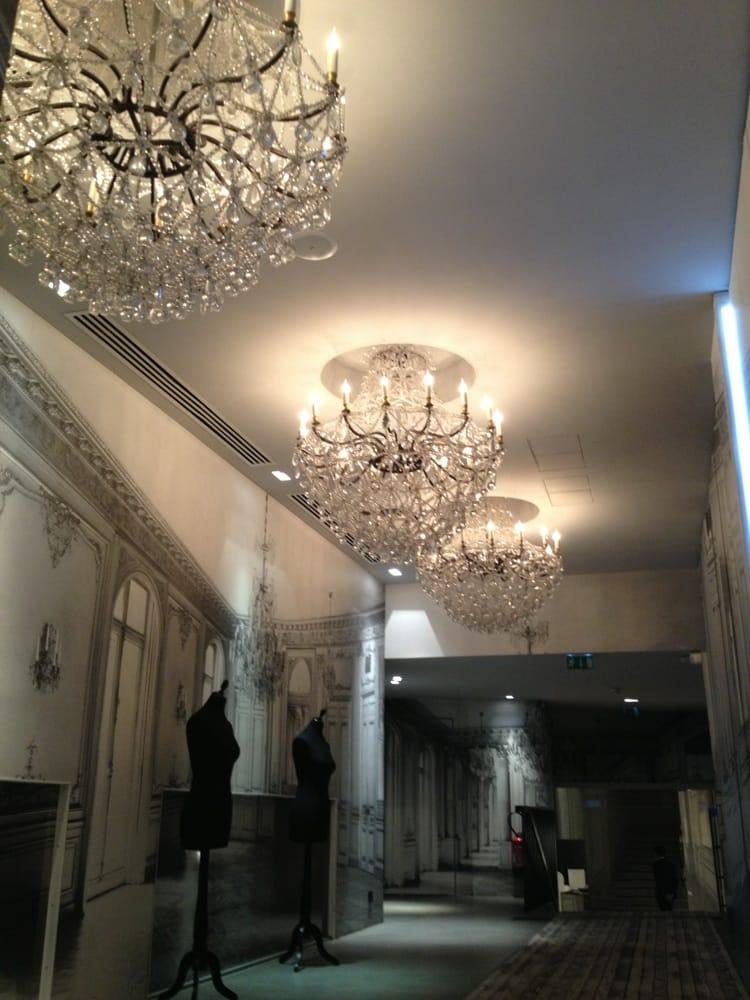 la maison champs lys es 21 8 rue jean goujon avenue montaigne faubourg st honor. Black Bedroom Furniture Sets. Home Design Ideas