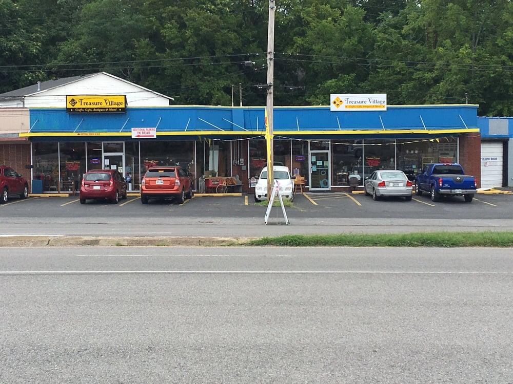 Treasure Village: 114 Nashville Hwy, Columbia, TN