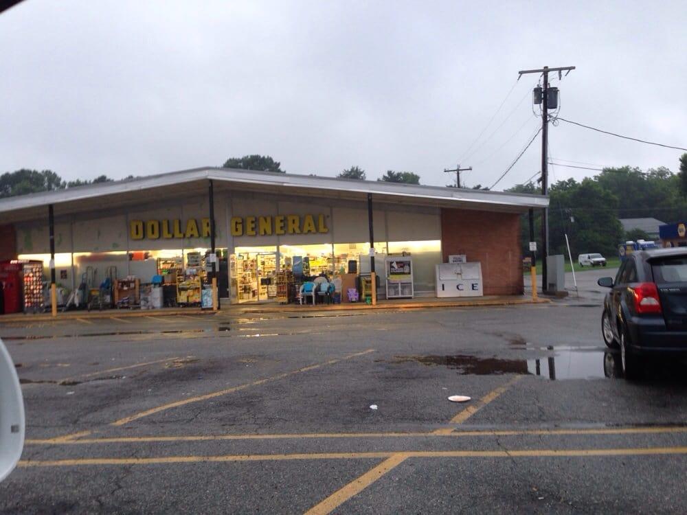 Dollar General: 700 Virginia Ave, Clarksville, VA