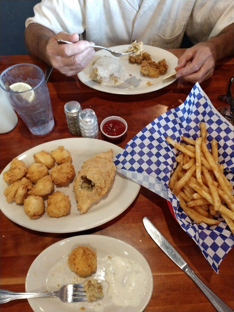 Lockhart Steak And Seafood: 912 S Commerce St, Lockhart, TX