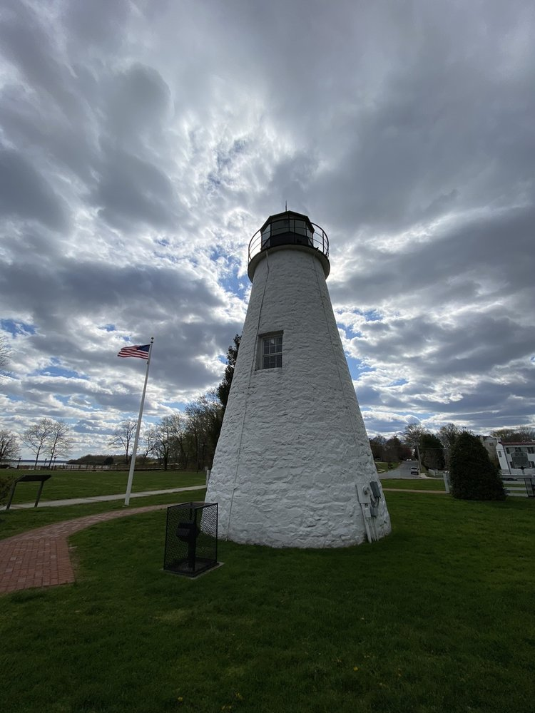 Concord Point Lighthouse: 700 Concord St, Havre De Grace, MD