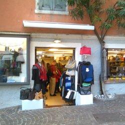 Istante di Giovanelli Tiziana - Mode - Via Porto, 14, Limone Sul ...