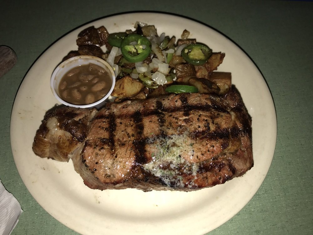 Lone Star Bar & Grill: 935 E Fm 1151, Amarillo, TX