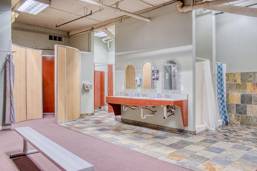 Robbin's Fitness Center: 1231 W Main St, Owosso, MI