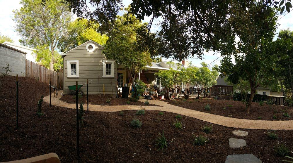 Living Earth Gardens: Vallejo, CA