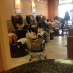 Vivid nails and spa nail salons 18 22 richard way sw for Ab nail salon sarasota