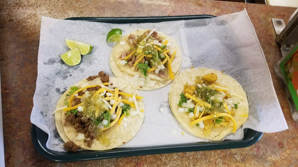 Tacos Mi Ranchito: 252 S Oregon St, Ontario, OR