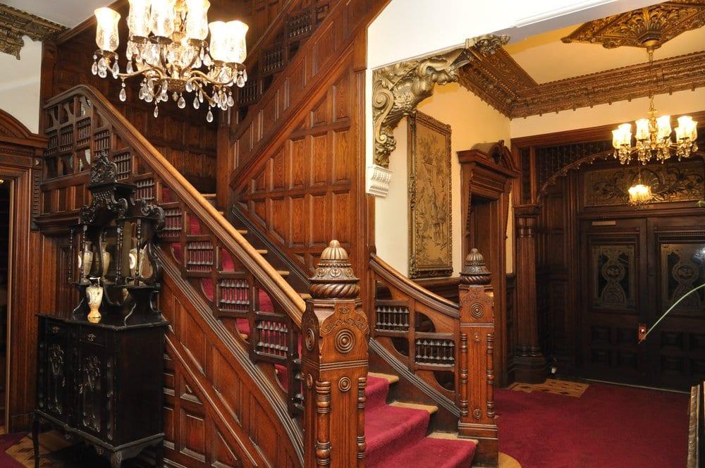 Alfred 'Nobby' Clarke's Mansion: 250 Douglass St, San Francisco, CA
