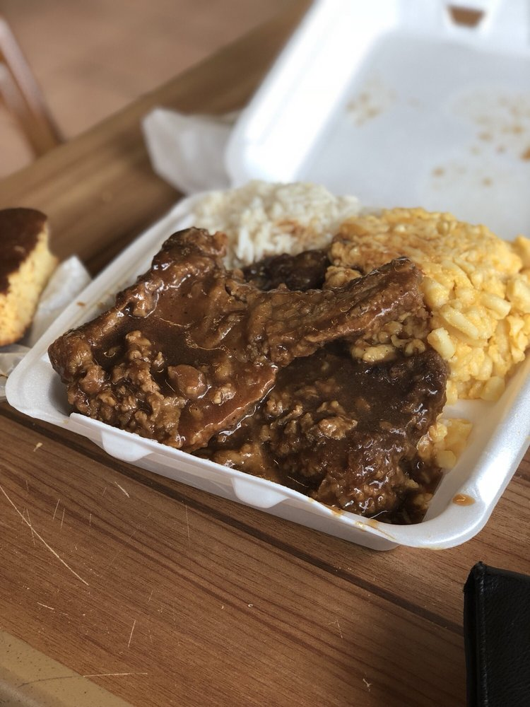 Food from Soul Food Kitchen