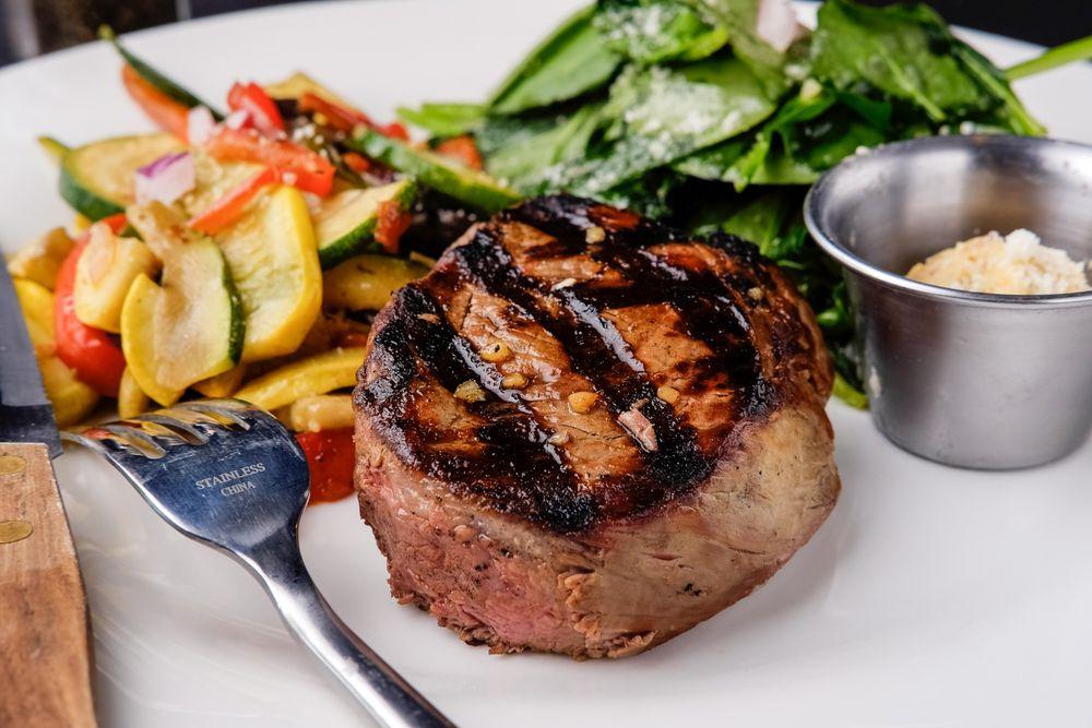 Renzo's Pasta & Italian Steakhouse: 1214 N Garland Ave, Fayetteville, AR