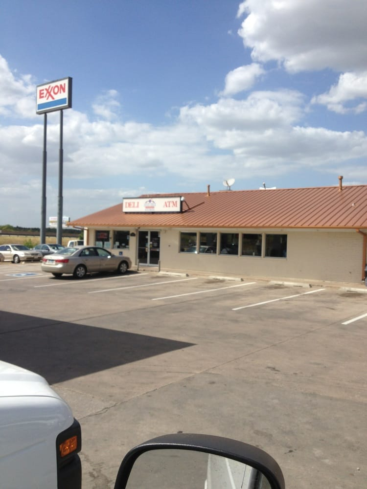 Quick Check: 411 W Haning St, Howe, TX
