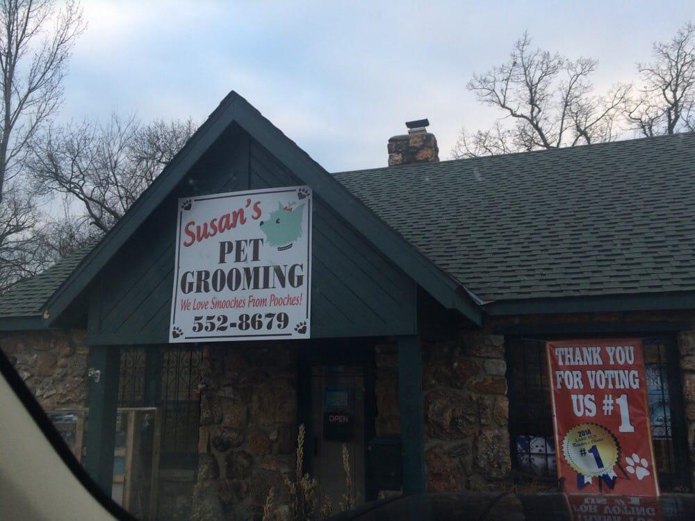 Susan's Pet Grooming: 2840 Bagnell Dam Blvd, Lake Ozark, MO