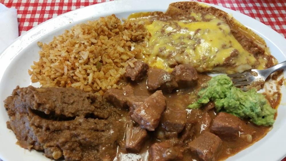 Sergio's Restaurant: 5625 Catherine Dr, Robstown, TX