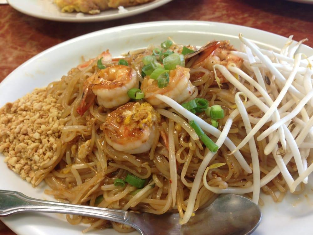 Ting Tong Thai Cafe: 20910 108th Ave SE, Kent, WA