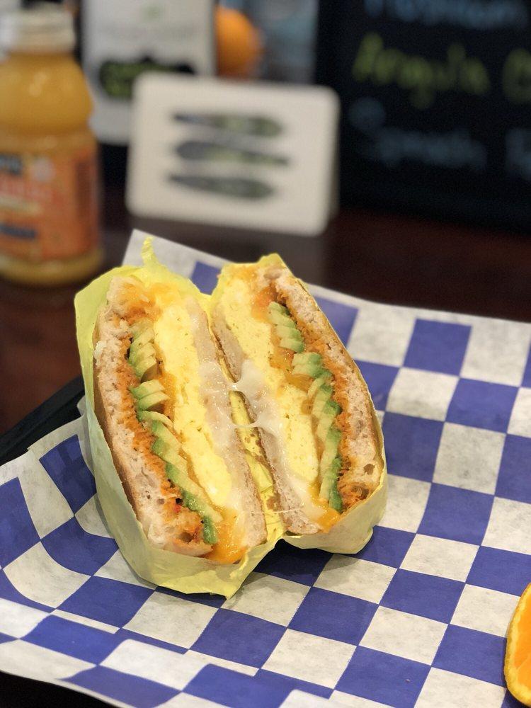 Pupfish Cafe: 124 S Main St, Bishop, CA